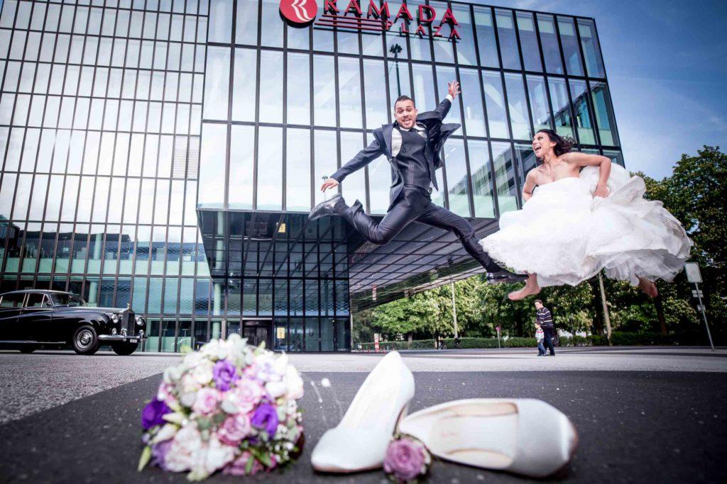 Brautpaar Basel Sprung Rolls Royce